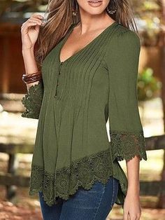 (Lace Trim Button Up Blouse, Pretty green)Lace Trim Button Up Blouse.love lace and color.angled cut so flattering.Wow, the most beautiful blouse ever! Click the picture to find cute long sleeve tops for fall now!Details V Neck Lace Splicing Blouse Styles, Blouse Designs, Cool Outfits, Casual Outfits, Full Figure Fashion, Beautiful Blouses, Mode Style, Lace Trim, Fashion Dresses