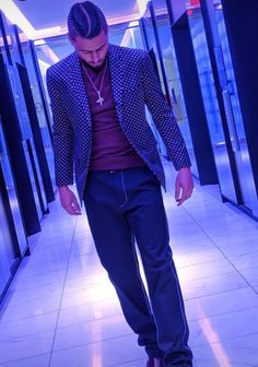 Quincy Brown Quincy Brown, Tom Holland, Oc, Blazer, Suits, Jackets, Fashion, Down Jackets, Moda