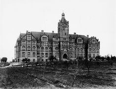Los Angeles Orphan Asylum in Boyle Heights (date unknown, most likely early 1900's). The orphanage operated in L.A. from 1890-1953, when it moved to Rosemead.