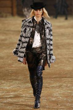 Chanel Métiers d'Art: see the entire Paris-Dallas collection gallery 2014 - Vogue Australia