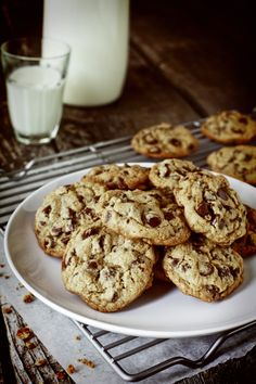Savory Sweet Life's Chocolate Chip Cookies