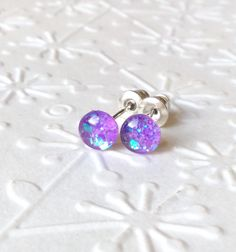 Teny tiny violet stud earringsglitter stud earringstiny stud earringsresin stud earringsglass stud earringsstud earrings (7.90 EUR) by skietromart