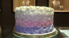 Elegant Birthday Cakes for Women | Birthday Cake Designs For...