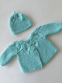 Newborn baby homecoming outfitorganic by TwoNeedlesOneMagic