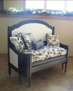 ideas house diy renovations ux ui designer - My Hi House Refurbished Furniture, Paint Furniture, Bed Furniture, Repurposed Furniture, Furniture Projects, Furniture Making, Furniture Makeover, Old Headboard, Headboard Benches
