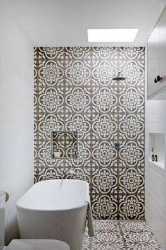 pretty bathroom tiles