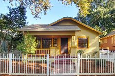 Two Bedroom, 962 sq ft Craftsman Style Bungalow sold in Midtown Sacramento for $355,000 in Dec 2015 Craftsman Style Bungalow, Bungalow Homes, Craftsman Bungalows, Two Bedroom, Real Estate, Cabin, House Styles, Home Decor, Decoration Home