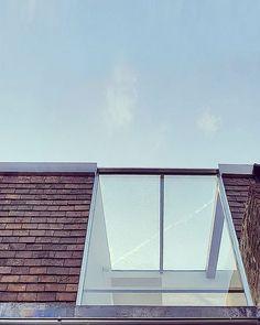 30 Amazing Blueprints For Mews House, Loft House, D House, House Roof, Attic Loft, Loft Room, Attic Rooms, Attic Spaces, Dormer Bungalow