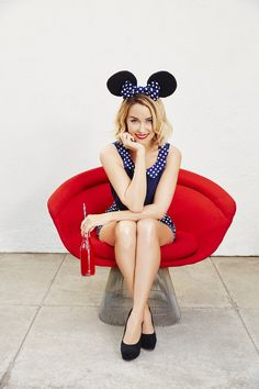 Polka dots, bows and mouse ears, oh my! Find an adorable collection inspired by Disney's Minnie Mouse from LC Lauren Conrad.