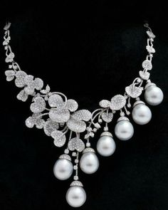 Beautiful pearl and diamond necklace