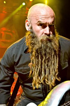 five finger death punch one of the best beards in metal!