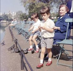 662-May 13, 1965: John F. Kennedy Jr. son of the late United States president, and his cousin Anthony Radziwill feeding the pigeons in St James' Park while touring London.