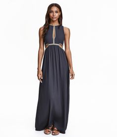 Long, sleeveless dress | Party in H&M
