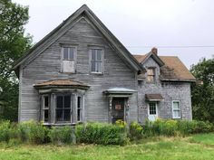 Abandoned Places, All Over The World, All Pictures, Old Houses, Interior And Exterior, Cabin, House Styles, Buildings, Home Decor