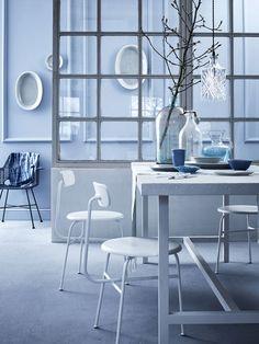 Blauwe klassieke eetkamer | Blue classic dining room | Bron: vtwonen 05-2016 | Fotografie Alexander van Berge | Styling Cleo Scheulderman