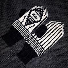 MAJAS HOBBYKROK: RBK-votter (oppskrift) Fair Isle Knitting, Gloves, Fashion, Threading, Moda, La Mode, Fasion, Fashion Models, Trendy Fashion