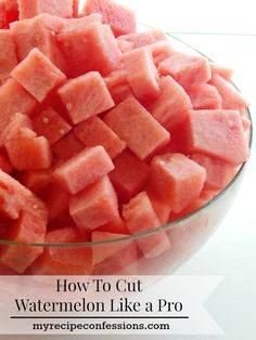 How-To-Cut-Watermelon-Like-A-Pro is the easiest way to cut watermelon! You will be surprised at how fast you will have perfectly cubed watermelon to eat till your hearts content! It makes serving fruit for dinner so much eaiser! Cut Watermelon Easy, Watermelon Hacks, Watermelon Slices, Watermelon Healthy, Cutting A Watermelon, Fruit Recipes, Summer Recipes, My Recipes, Cooking Recipes