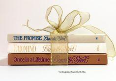 Danielle Steel 1980s books set at #VintageVenturesShop #Etsy to buy click image #Books #VintageBooksSet #BookSet #BookBundle #DanielleSteelBookSet #BookSetGift #FictionBooks #Library #HomeLibrary #DanielleSteel #BookLover #BookWorm #BestSellers