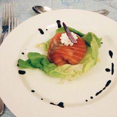 @igersfc Cena celeste del Grand Hotel Terme della Fratta, fagottino di salmone marinato agli agrumi