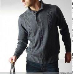 1Мужской пуловер спцами