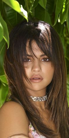 She has such a gorgeous face – Smashing Selena Gomez Selena Gomez Bikini, Selena Gomez Photoshoot, Selena Gomez Style, Beautiful Celebrities, Beautiful Actresses, Brunette Beauty, Hair Beauty, Selena Gomez Wallpaper, Curls For The Girls