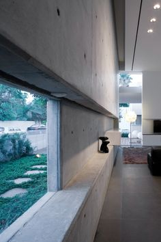 concrete walls Green and concrete? -k