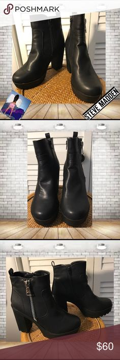 """Steve Madden Black Ankle Heel Combat Boots  9 Steve Madden Black Ankle Heel Combat Boots  9. EUC. Black Leather. Side Zipper. Measurements appropriately 4 1/2"""" Heels, 1""""  Front Platform 🚫trades. Please ask all questions prior to buying Steve Madden Shoes Ankle Boots & Booties"""