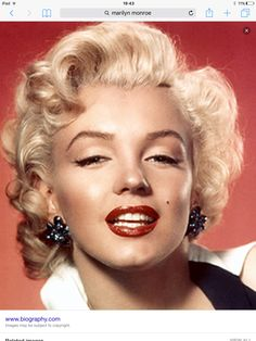Marilyn Monroe inspires our product buying. Marilyn Monroe inspires our product buying. Marilyn Monroe inspires our product buying. Fotos Marilyn Monroe, Marilyn Monroe Hair, Maquillage Marilyn Monroe, Jennifer Aniston, Bio Vegan, Norma Jeane, Tips Belleza, Belle Photo, Cool Hairstyles