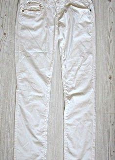 Kupuj mé předměty na #vinted http://www.vinted.cz/damske-obleceni/uzke-kalhoty/13424244-bile-kalhoty-se-zlaty-detaily-phard