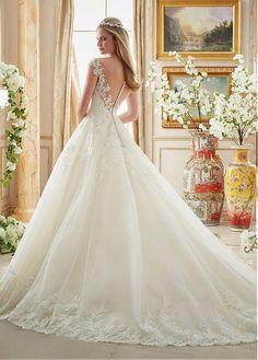 Fabulous Tulle Scoop Neckline A-line Wedding Dresses With Sequin Lace Appliques