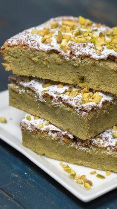 Chocolate Chip Walnut Cookies, Chocolate Almond Cake, Almond Cakes, Swedish Almond Cake Ikea Recipe, Sweet Desserts, Dessert Recipes, Vegan Junk Food, Easy Baking Recipes, Vegan Sweets