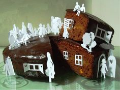 A two storey cake!  By Denise Honel  https://iversity.org/courses/