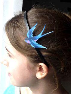 Douceurs et couleurs: Une hirondelle sur la tête | bird tattoo