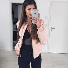 "Iva Nikolina Juric auf Instagram: ""Light pink bomber jacket @myy_stylee_15 / Body @windsorstore / Pants @leafashionclub"""