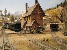 The Wolf Creek Line - Narrow Gauge HO Railroad in Colorado by Mike McClure
