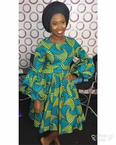 When it comes to Ankara style looks, we've got you covered…. In this style feature, you will see how Ankara is used as Aso-Ebi. Ankara can be rocked to… African Dresses For Women, African Print Dresses, African Attire, African Wear, African Fashion Dresses, Ankara Short Gown Styles, Ankara Clothing, African Traditional Dresses, African Design