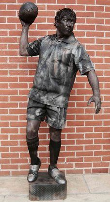 Steen - Human Statues | Reading | South East, football entertainment, football human statues