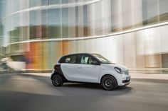 Smart Unveils the New Fortwo and Forfour: In hopes to spark interests and increase profits, Smart has unveiled its redesigned Fortwo and Benz Smart, Smart Forfour, Smart Fortwo, Car Images, Exterior Design, Futuristic, Automobile, Vehicles, Concept