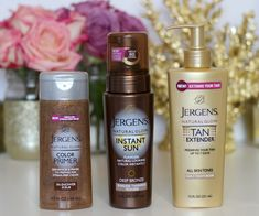The Golden Life Tan From Jergens With Ashley Brooke Shower Scrub, Best Self Tanner, Gradual Tan, Beauty Salon Logo, Golden Life, Natural Glow, Health And Beauty Tips, Beauty Secrets, Mascaras