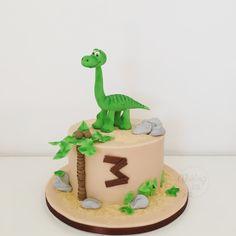 Arlo dino cake, dinosaur, Dinosaurier, Disney, Birthday, Geburtstag, Torte