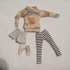 Mira este artículo en mi tienda de Etsy: https://www.etsy.com/listing/231825390/sweater-for-blythe-and-similar-dolls
