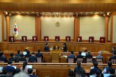 El Tribunal Constitucional ha refrendado la destitución parlamentaria de Park Geun-hye, primera mujer presidente de Corea del Sur.