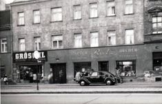 Vintage Vienna Vienna, Vintage, History, Car, Poster Wall, Trench, City, Viajes, Historia