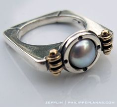 Zepplin ring - gold, silver and freshwater pearl by Philippeplanas.com | Shop online for your perfect ring here: http://www.philippeplanas.com/zepplin-pearl-ring-p/ba35.htm