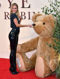 Kimberley Garner at the Goodbye Christopher Robin Premiere