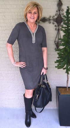 Fashion Trends for Women Over 50 - Fashion Trends Over 50 Womens Fashion, Fashion Over 40, 50 Fashion, Plus Size Fashion, Autumn Fashion, Fashion Outfits, Fashion Design, Fashion Tips, Fashion Trends