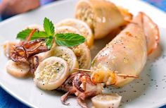Secondi di pesce: le migliori ricette facili e veloci. Scopri le nostre #ricette di #secondi piatti a base di #pesce, che potete preparare in modo facile e veloce per un #pranzo o #cena in grado di soddisfare anche i gusti più esigenti.