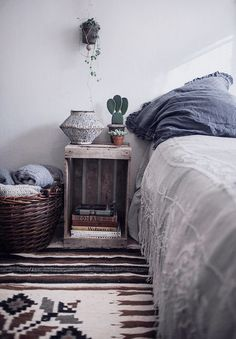 Simple Tricks To Make Your Bed So Much Cozier 7