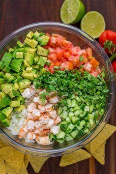 This Avocado Shrimp Salsa is a party favorite! Loaded with shrimp, avocado and a. - This Avocado Shrimp Salsa is a party favorite! Loaded with shrimp, avocado and a surprising ingredi - Seafood Recipes, Diet Recipes, Mexican Food Recipes, Cooking Recipes, Crockpot Recipes, Turkey Crockpot, Cooking Tips, Chicken Recipes, Recipies