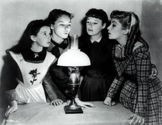 Still Of Elizabeth Taylor June Allyson Janet Leigh And Margaret Obrien In Unga Kvinnor Large Picture Movies Golden Age Of Hollywood, Hollywood Stars, Classic Hollywood, Old Hollywood, Hollywood Glamour, June Allyson, Janet Leigh, Louisa May Alcott, Scarlett O'hara